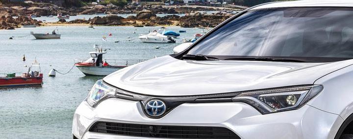 ТОП-10 продаж новых японских автомобилей в России: лидеры Toyota и Nissan